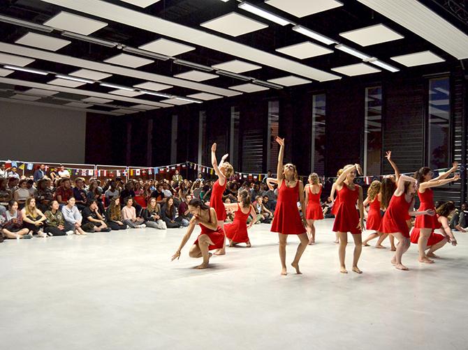 Spectacle de danse de l'association La Luna des Oriente.