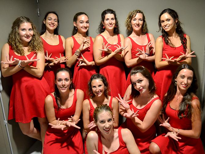 Danseuses de l'association La Luna del Oriente.